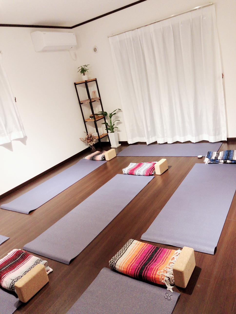オルタナヨガスタジオ Alterna yoga studio